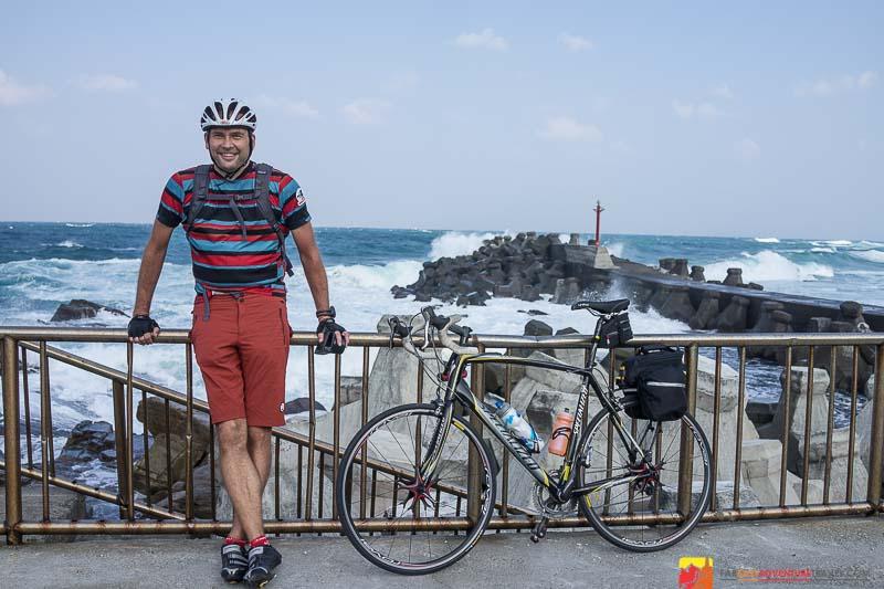 Cycling-Taiwan-towards-Northcoast