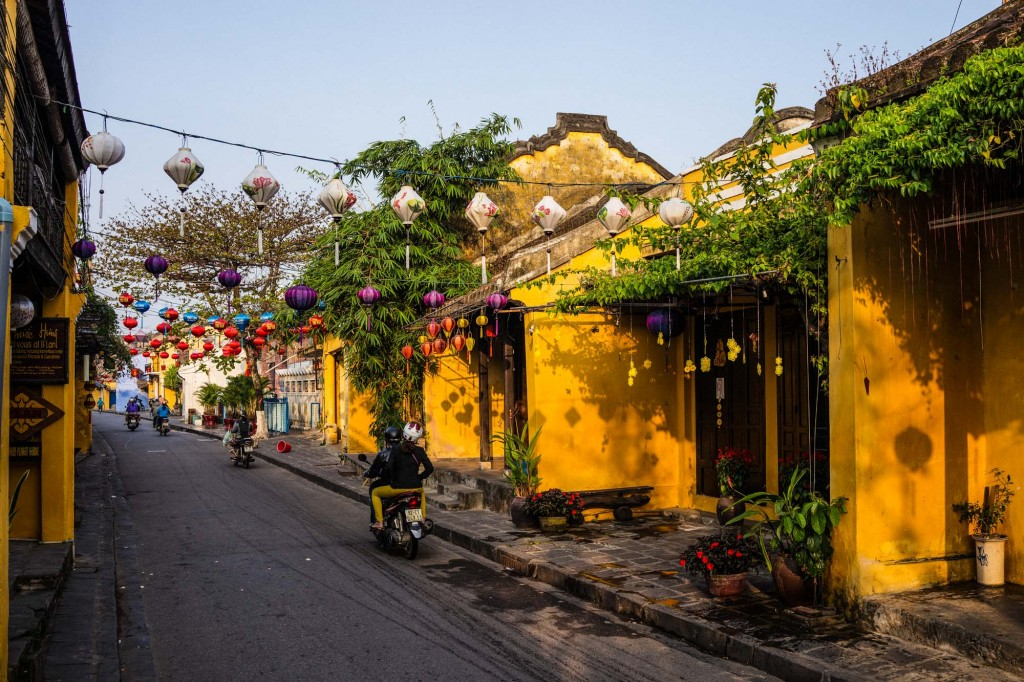 One of the loveliest times to explore and wander the atmospheric streets of Hoi An, Vietnam is in the early morning