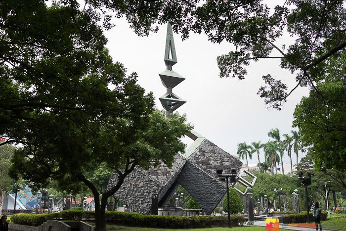 2-28 Peace Memorial Park monument