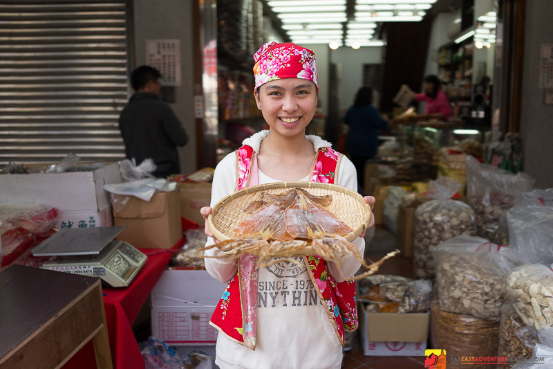 Showing Off Dried Squid on Dihua Street