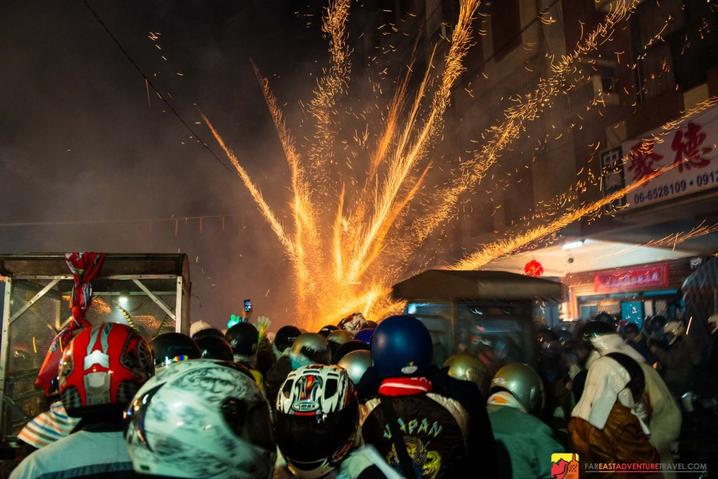 A beehive explosion at one of the most dangerous festivals in the world-Yanshui Beehive Fireworks Festival Taiwan